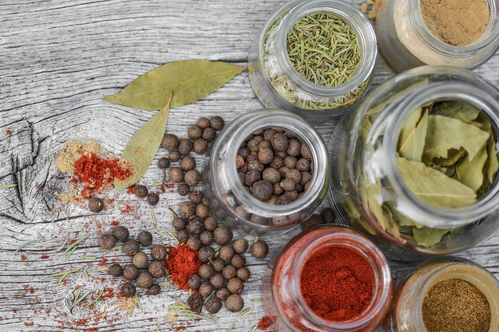Comment bien conserver des épices ?